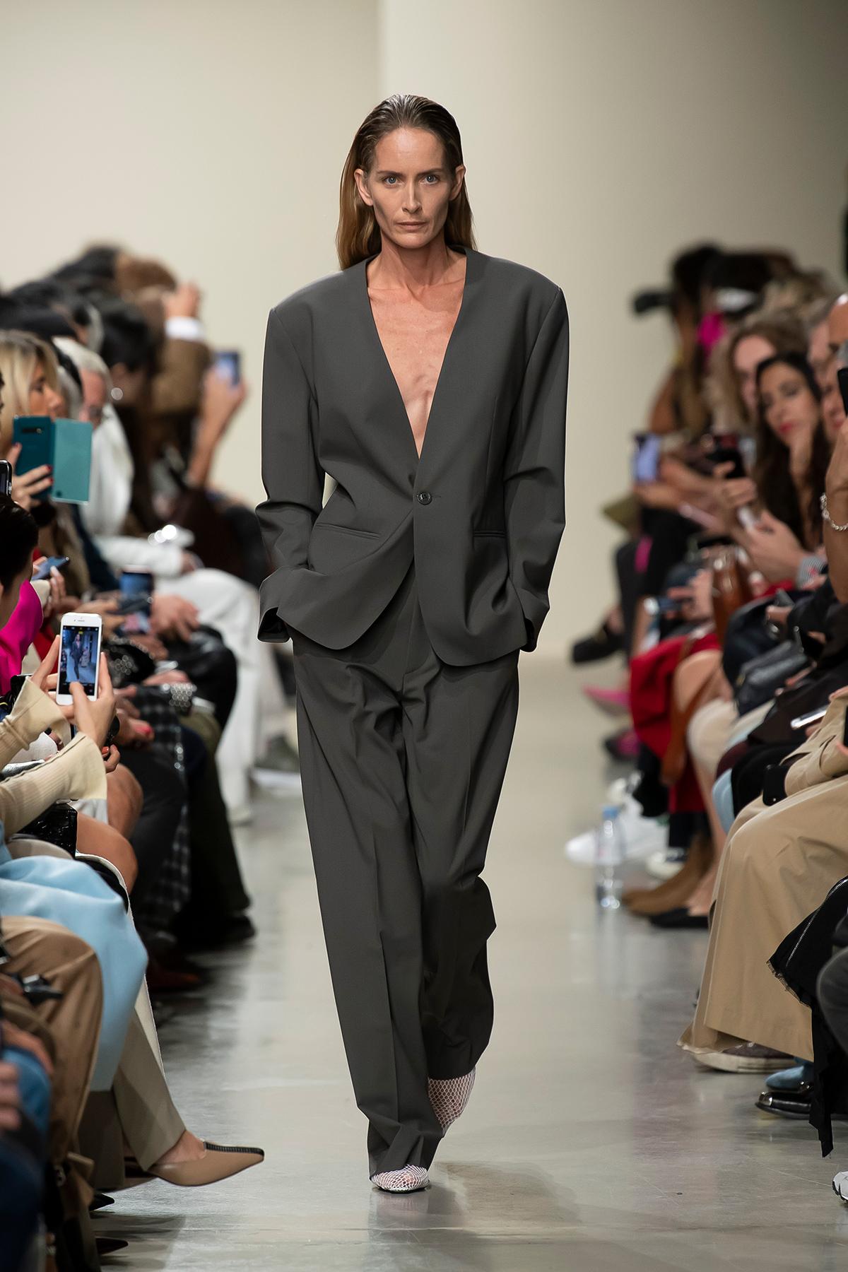 LOOK 18 Blazer PERLA Trousers PRISCO
