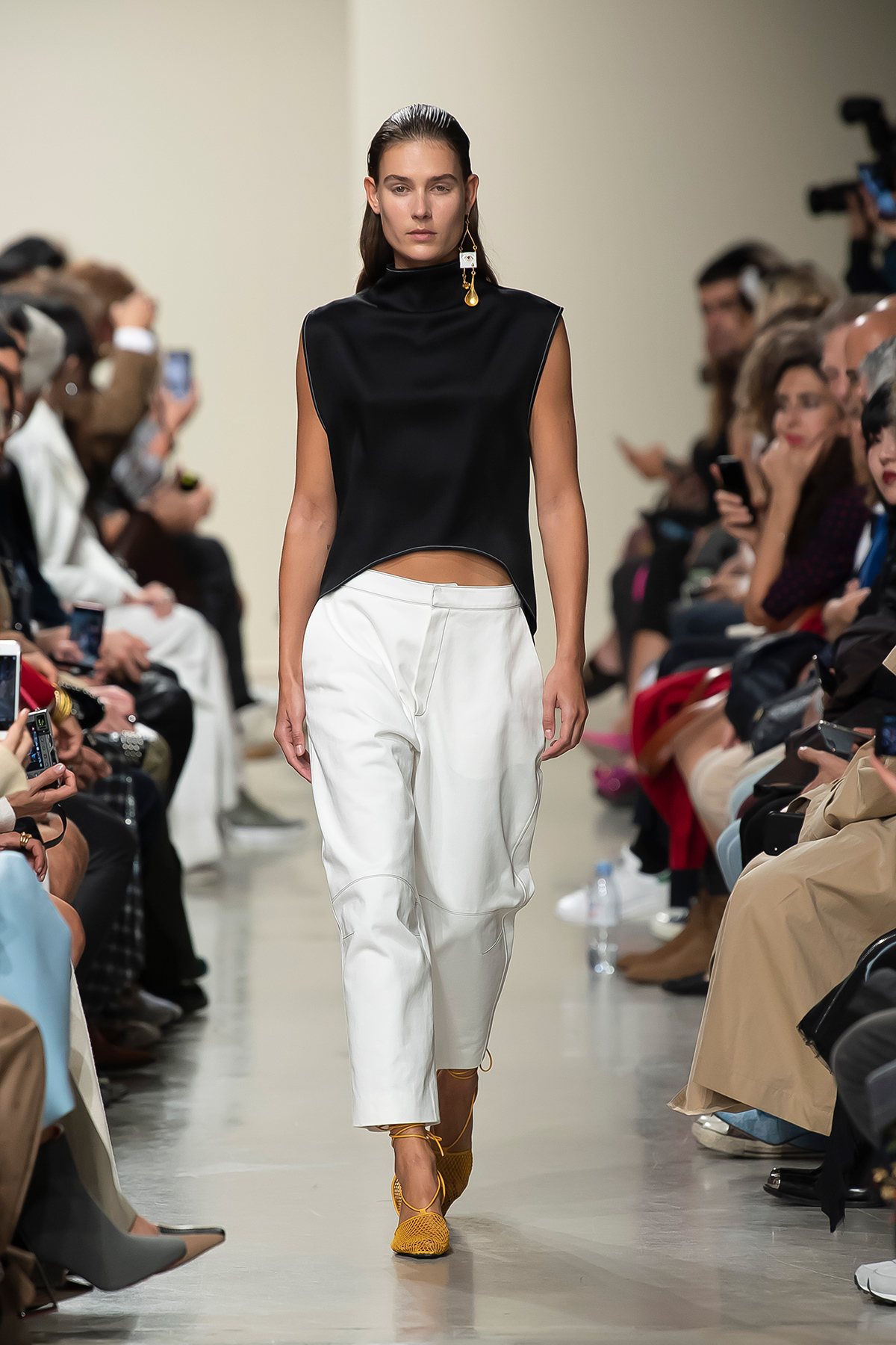 LOOK 27 Top PALMA Trousers PHILYS