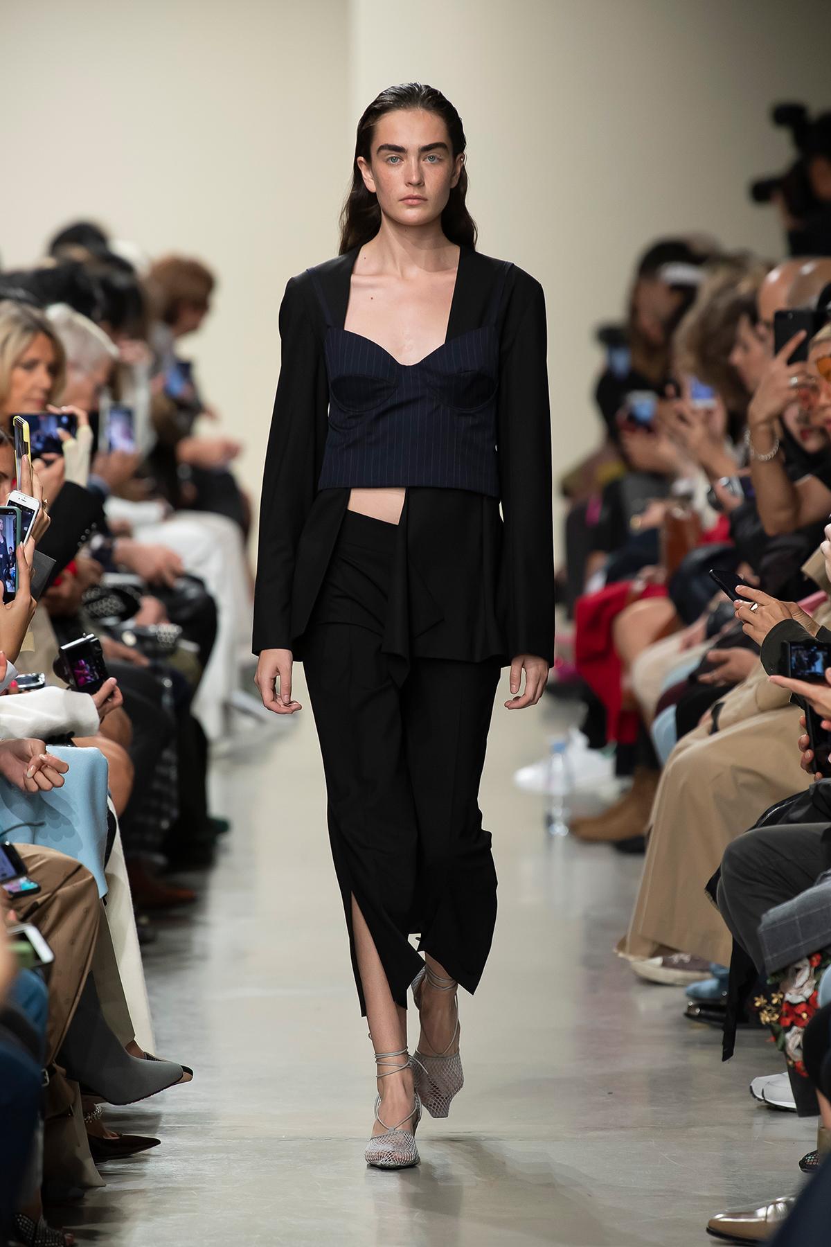 LOOK 3 Top PHELIA Blazer PRIMELA Trousers PELAGIE