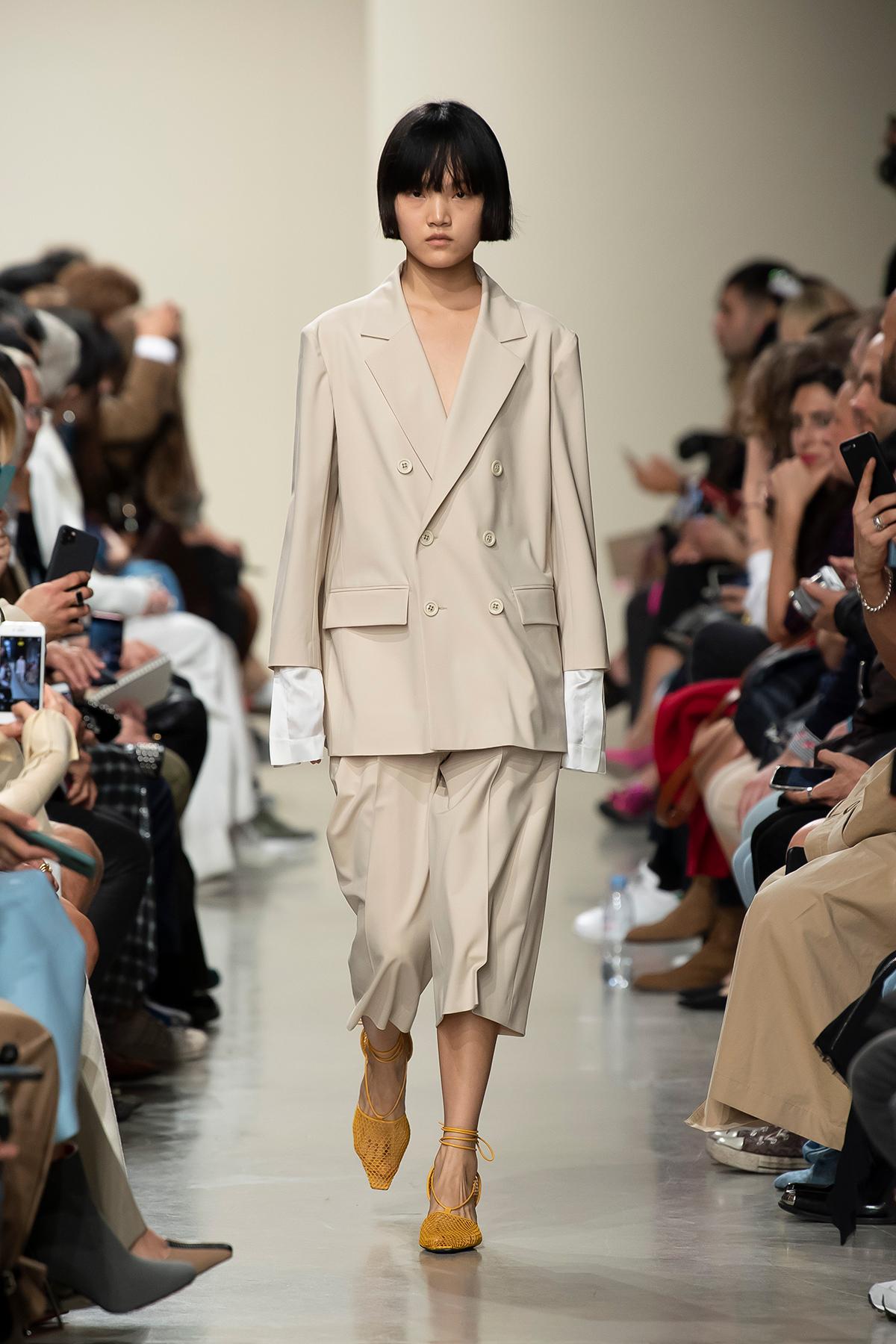 LOOK 35 Blazer PARILYSE Trousers PIROLI
