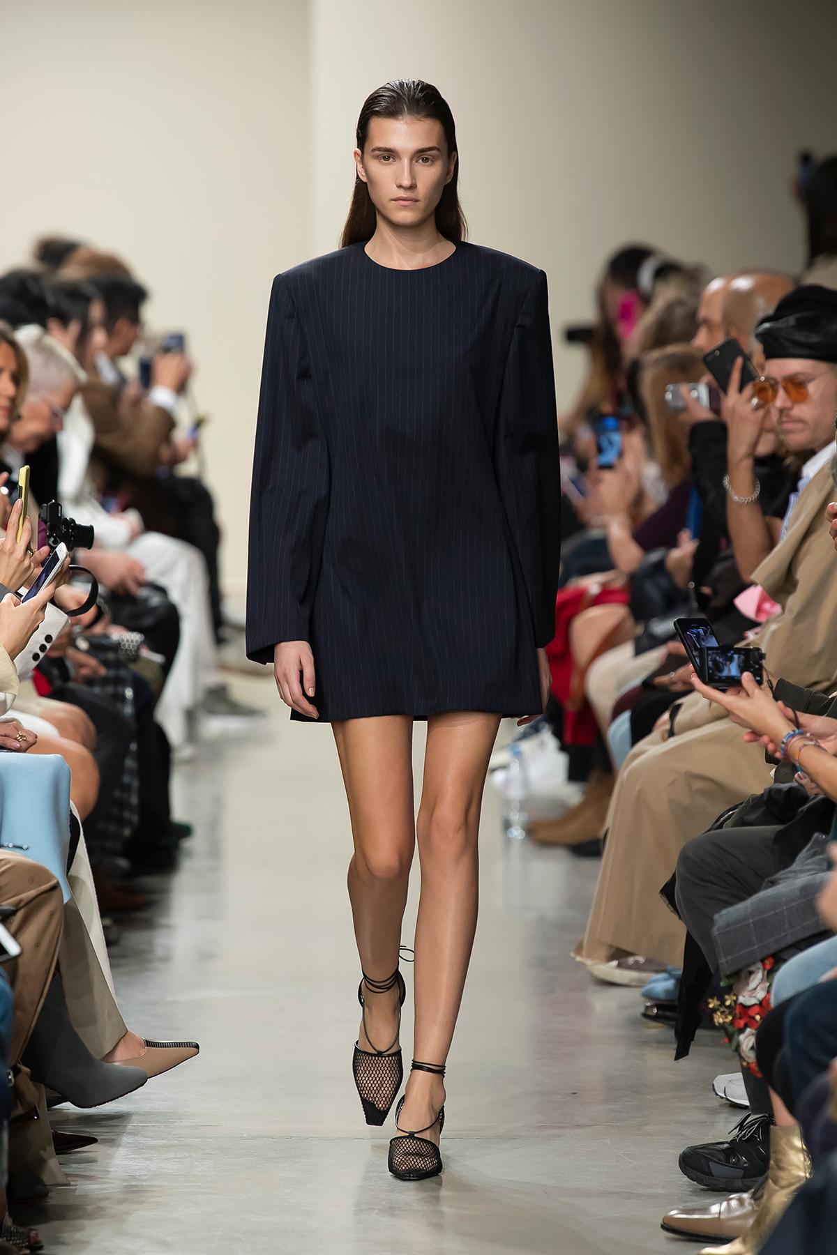 LOOK 6 Dress PASQUINA
