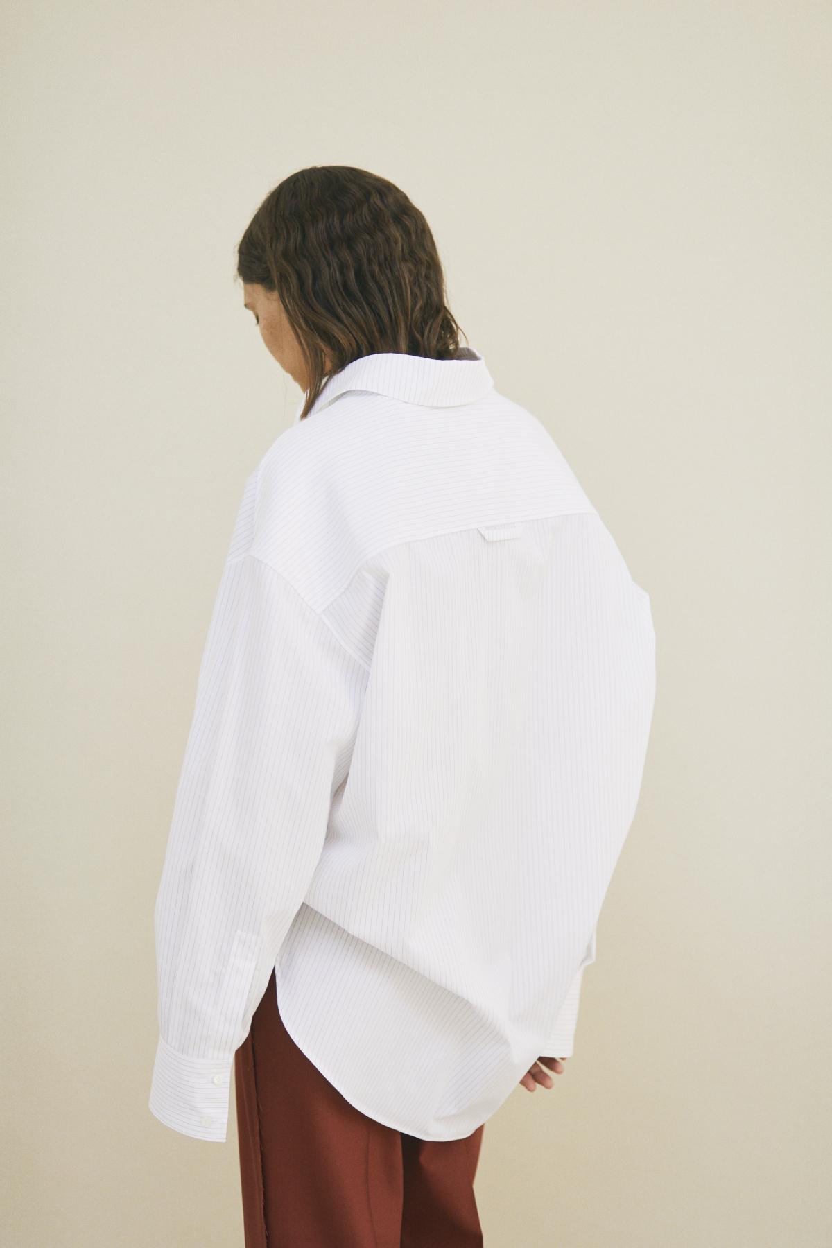 Shirt SYLVIE, Trousers SOLENNE