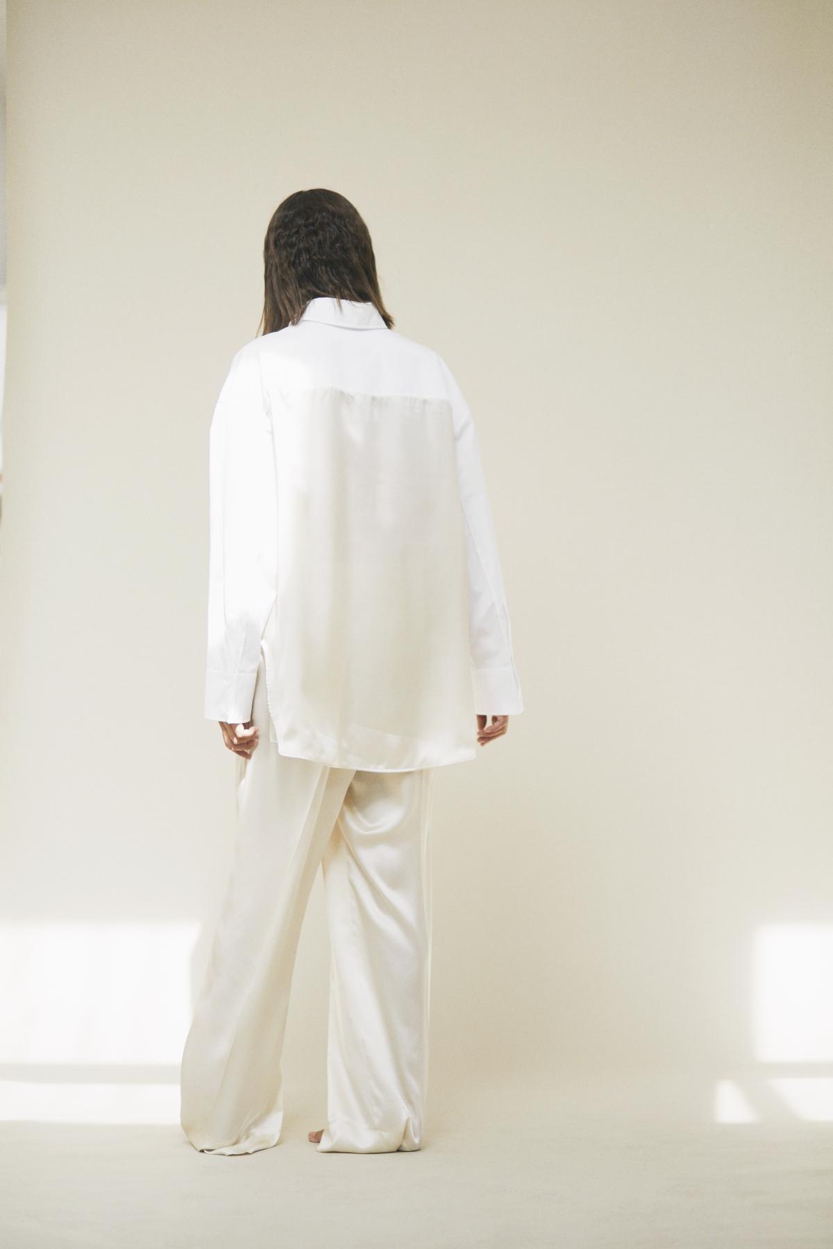 Shirt SEFIE, Trousers SOPHIA