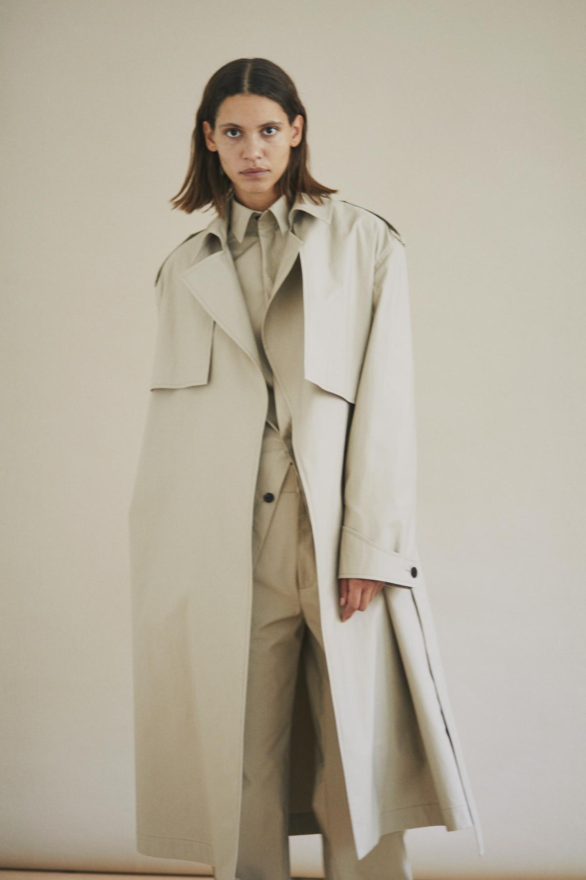 Coat SHEILA, Shirt SANDA, Trousers SELINE