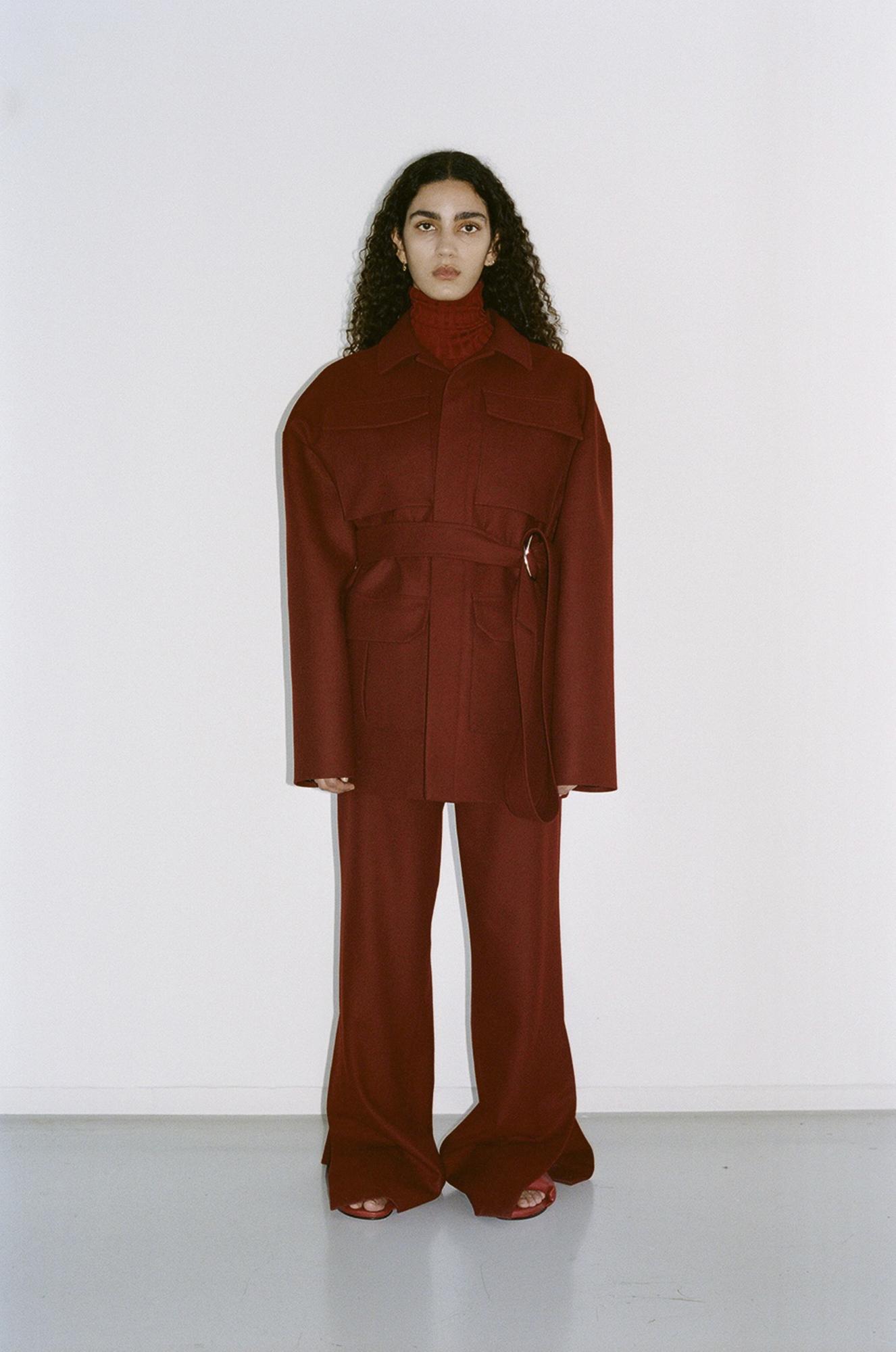 GAUCHERE Fall Winter 2021 Paris Fashion Week LOOK 10 Coat TEONA, Top TOMOKO, Trousers TAPIO, Shoes PILLOW