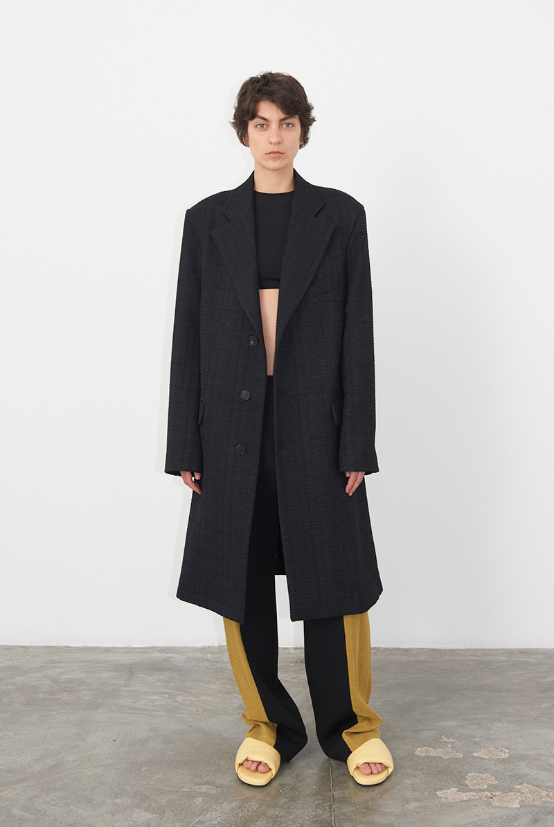 Coat VAIK, Top VENERA, Trousers VIVIANE